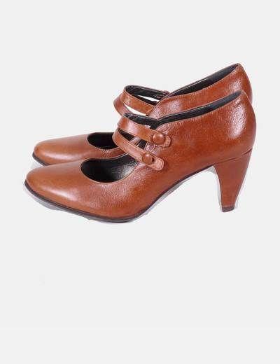 Zapatos de tacón marrones con tiras Fosco