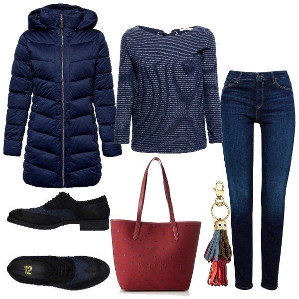 wholesale dealer e38c7 2aaae Piumino lungo, maglia con scollo a barca e jeans. Stringate ...