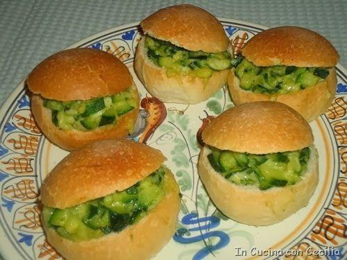 Ricette facili: panini con zucchine