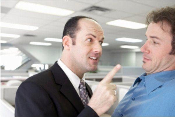Ученые: Добрый босс плохо влияет на работоспособность коллектива http://actualnews.org/exclusive/161892-uchenye-dobryy-boss-ploho-vliyaet-na-rabotosposobnost-kollektiva.html  Добрый босс негативно влияет на работу коллектива. По словам исследователей из Университета психологии в Аризоне, руководитель должен быть в меру строгим для организации стабильного и продуктивного рабочего процесса.