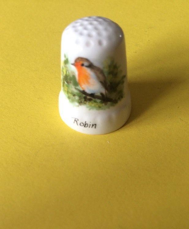 Graham Payne Worcester Studios Hand Painted Signed Robin Bird Thimble | eBay
