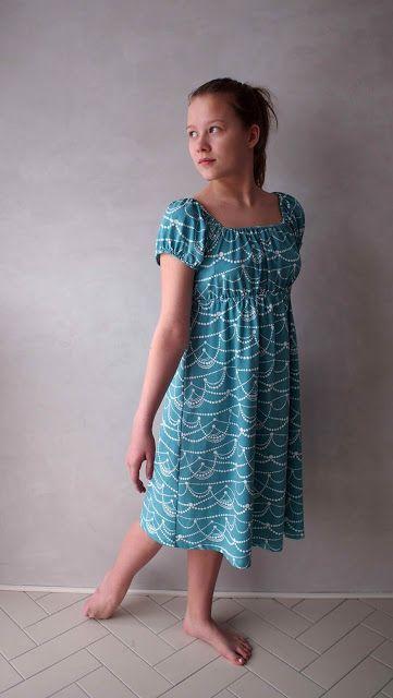 "Liljan Lumo: ""Hilma"" -mekko Eevalle A dress named as ""Hilma"", made by Liljan Lumo. Fabric from Nosh Organics."