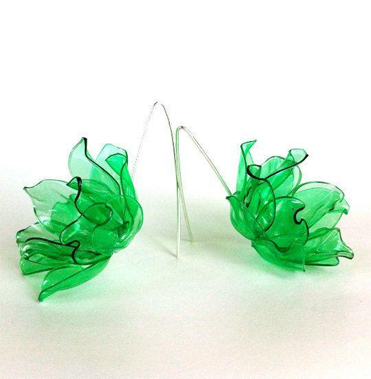 Plastic Flowers EP1401 by zassdesign on Etsy