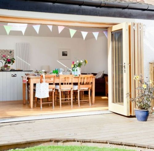 Wood Bi-fold Doors On To Garden (image From House To Home