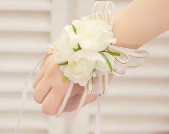 Corsage da polso da sposa, fiori matrimonio, Wedding Corsage, corsetto bianco, corpetto con braccialetto di perle, Prom Corpetto