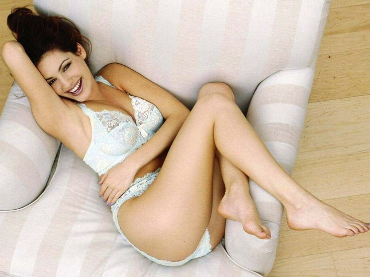 Kelly Brook New Hottest Bikini Photo Gallery 07 Trends