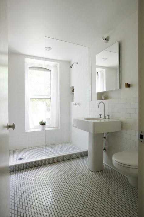 i love all-white bathrooms. , I saw this product on TV and have already lost 24 pounds! http://weightpage222.com