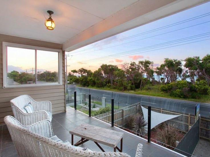 Indoor outdoor outdoor living design with balcony for Indoor nature design challenge