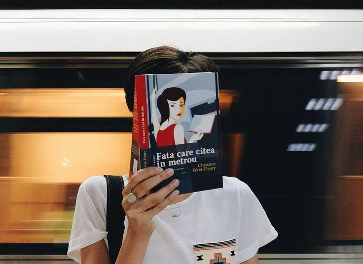 """Ce să citim zilele acestea în metrou? """"Fata care citea în metrou"""", bineînțeles!"""