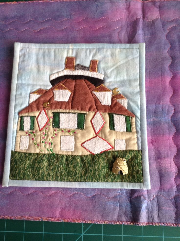 Miniature quilt from photo of the Round House in Exmouth
