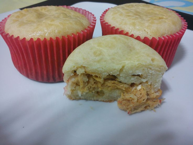Veja a Deliciosa Receita de Receita de Cupcake torta de frango. É uma Delícia! Confira!