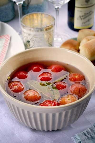 """Rezept für eingelegte Tomaten á la Tim Mälzer """"Greenbox""""   http://blog.martha-s.de/2013/05/sue-tomaten-und-grillvergnugen.html"""