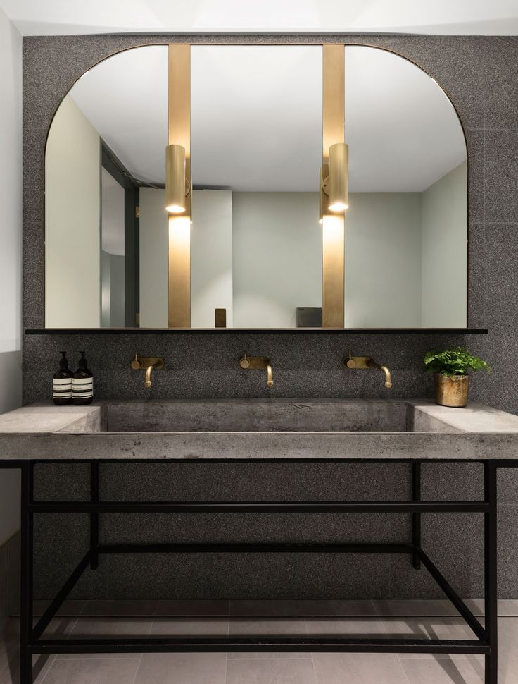 buena vista hotel in mosman by sjb interiros tess regan design - Restroom Design