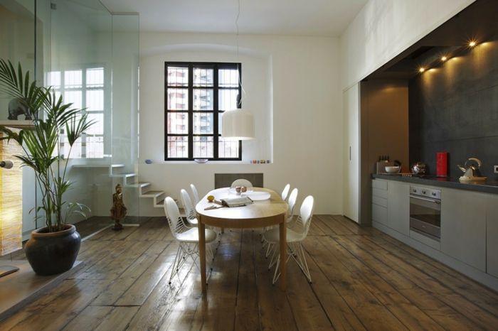 offene küche wohnzimmer abtrennen glas raumteiler treppen holzboden indirektes led licht ovaler esstisch