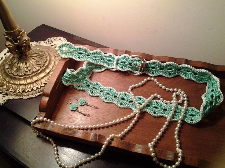 | Verde intreccio | cintura in fettuccia lucida viscosa interamente realizzata uncinetto   cod 520