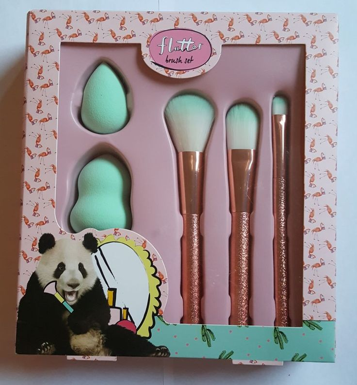 The Flutter Makeup Brush Set includes all the must haves which make it the perfect starter kit. This set includes a fluffy Powder Brush, A liquid Foundation Brush, Eye shadow Brush and two Makeup Blending Sponges for a flawless finish. | eBay!