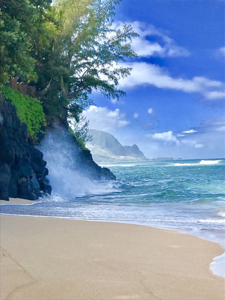 High tide at Hideaways, Kauai