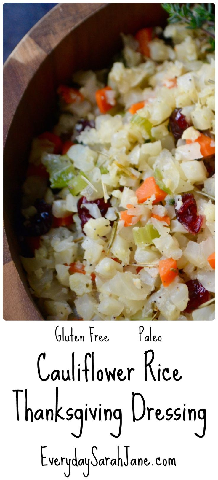 A perfect #glutenfree and healthier version of the classic Thanksgiving dressing. XO