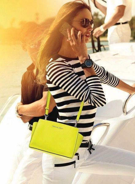 Кармен Педару в новом каталоге одежды и аксессуаров Michael Kors | Wildberries Style Magazine