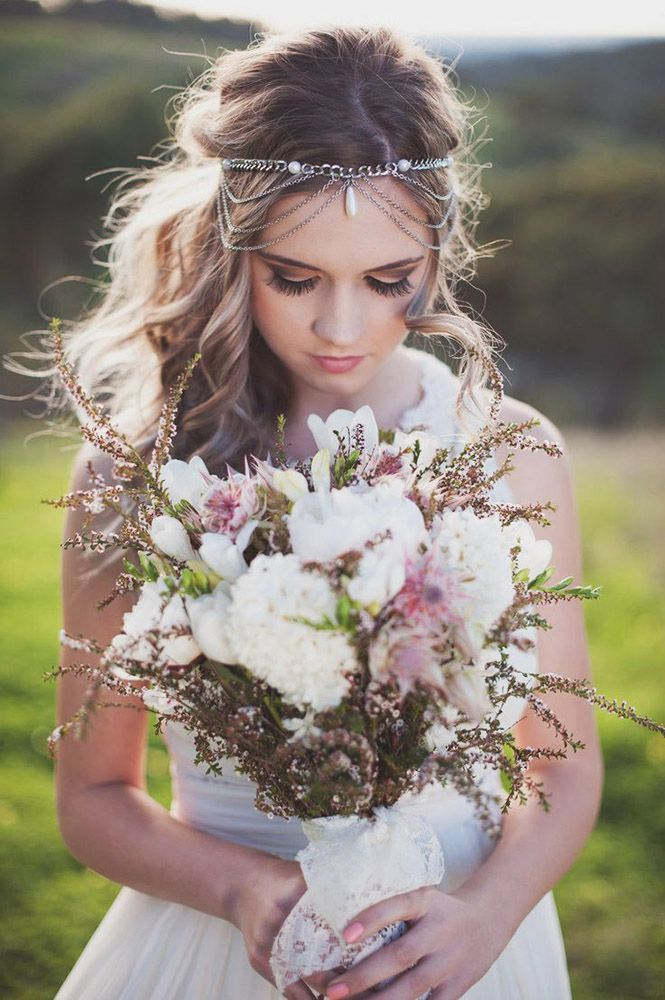 18 Bohemian Wedding Bouquets That Are Totally Chic ❤ Bohemian chic wedding bouquets are full of whimsical details, wild flowers and feathers. See more: http://www.weddingforward.com/bohemian-wedding-bouquets/ #wedding #bouquets