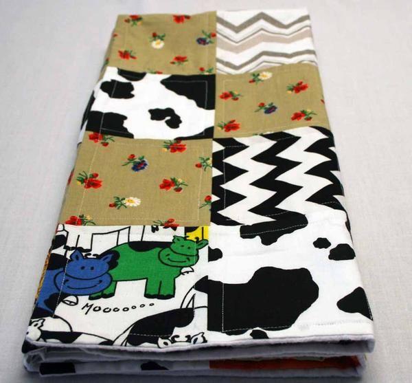 Flannel cow crib quilt
