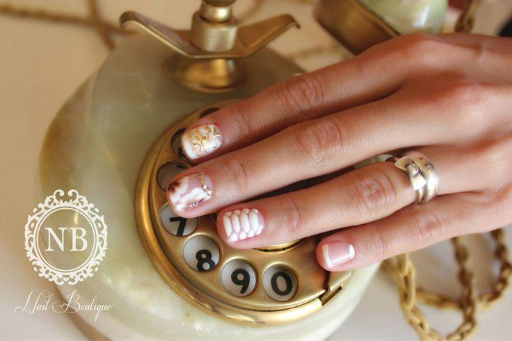 White snake print nails