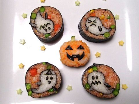 Ghosts for Halloween sushi roll