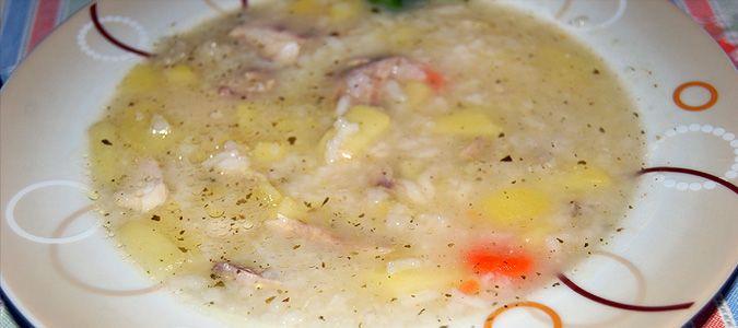 Σούπα κοκκινόψαρο με λαχανικά.