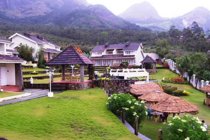 The Siena Village is a 3 star luxury resort spread over across an area of 5 acres amidst the breathtakingly beautiful sights of Munnar. The resort is an idler's retreat, where guests can enjoy sophisticated accommodation, revitalizing Ayurveda and thrilling outdoor pursuits in true 'Siena' style.