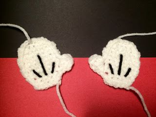 The Crocheting Mom: FREE Mickey Mouse Glove Applique Crochet Pattern!!...