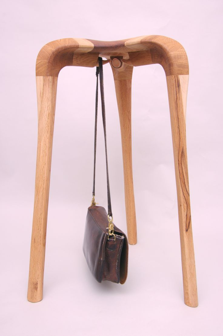 3leg bar chair