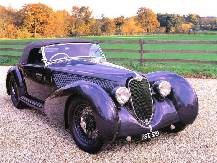 1937 Alfa-Romeo 8C 2900B Convertible Coachwork in purple ♥♥  Plus de découvertes sur Le Blog des Tendances.fr #tendance #voiture #bateau #blogueur