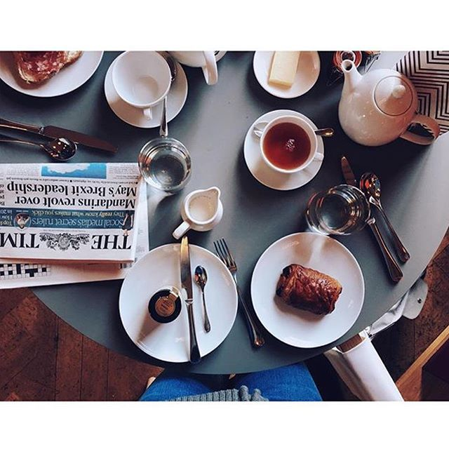 Breakfast at Cowley Manor is served. Image by one of our guests.