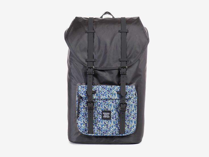 Batoh Herschel Supply & Liberty London – černý, barevné vzory – Little America Backpack – Petal and Bud Liberty print