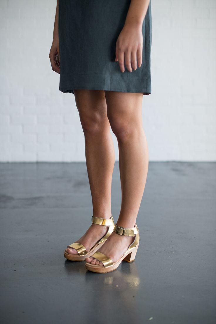Funkis fashion ss15 gold clogs shoes clogs pinterest for Funkis sale