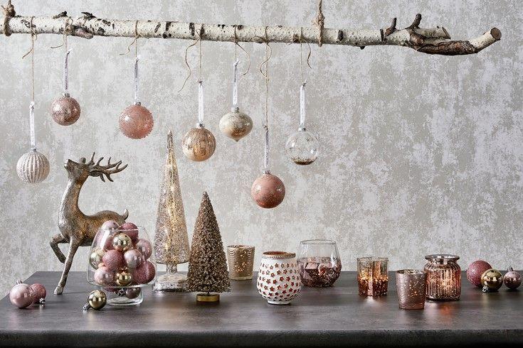 A very blushing Christmas #glow #blush #bedbathntable