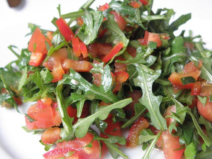 Zeleninový salát s rukolou a přírodní zálivkou  http://www.csdr.cz/?page=recepty/rcpt_profil_enter&idrecept=1456054594#xmenu2
