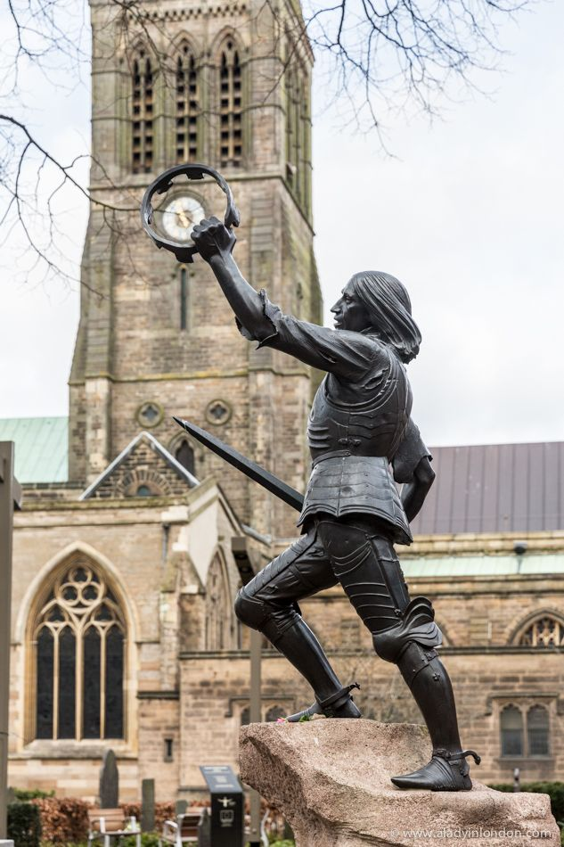 Richard III Statue in Leicester. His bones were discovered under a car park in 2013, where the Richard III Visitor Center stands today. His body was put to rest at the Leicester Cathedral.