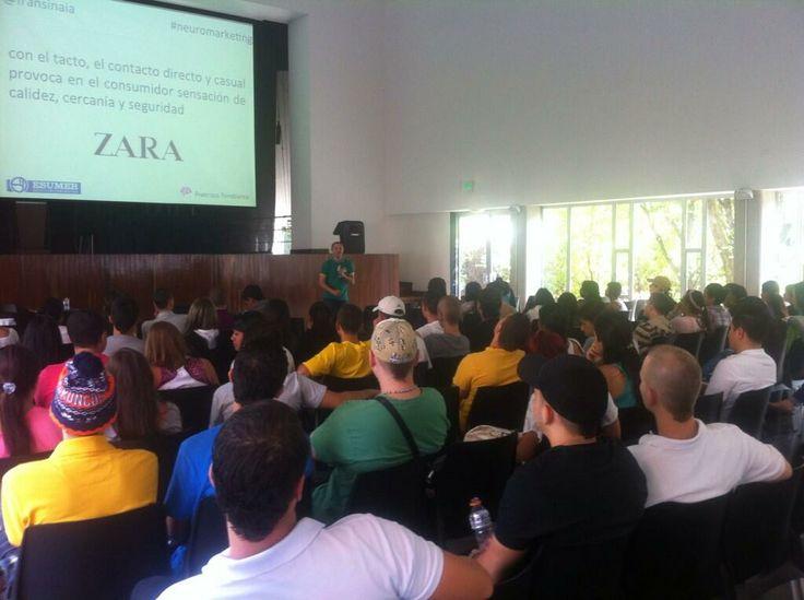 Un instante de la Jornada de Neuromarketing Práctico en Institución Universitaria Esumer (Campus Robledo) de Medellin