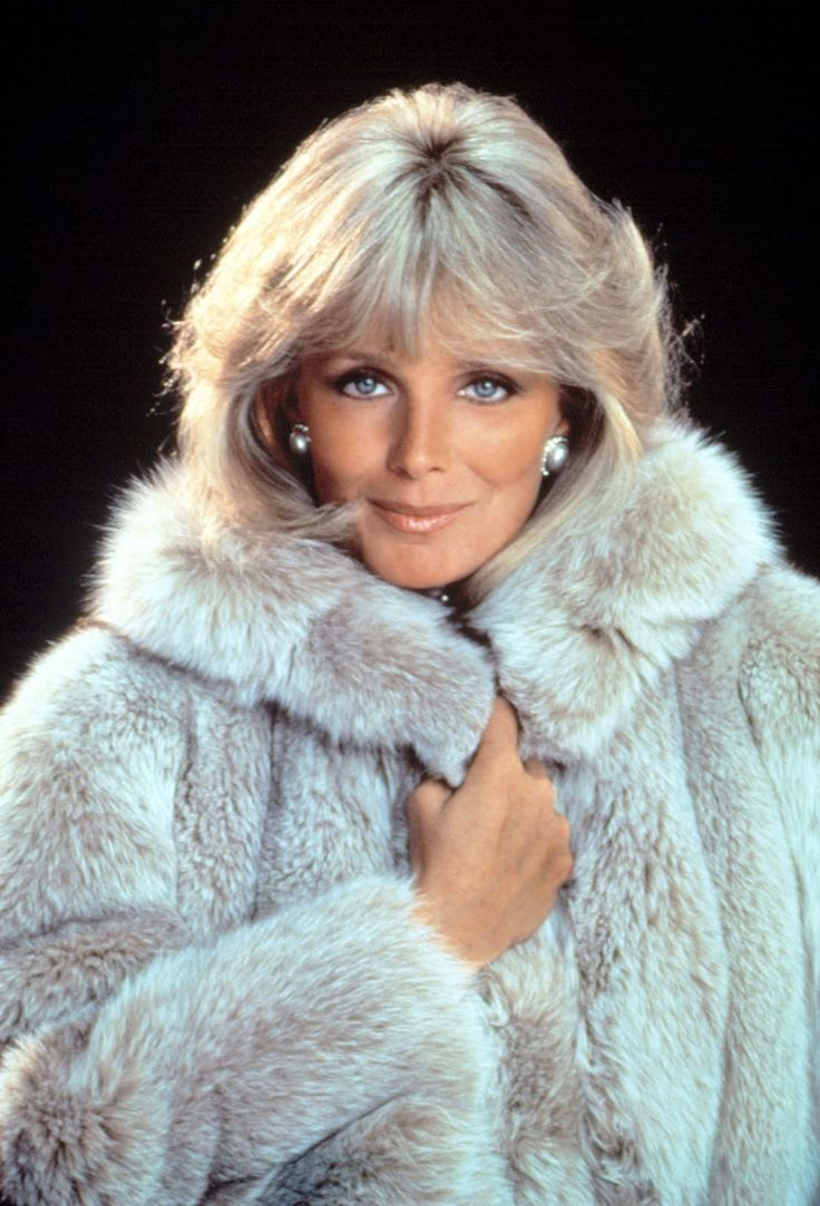 None of Emma Samms, Joan Collins, Stephanie Beacham or any of the others came close to matching Linda Evans in that deparment; the only one who came close was Pamela Bellwood whilst pregnant. Description from lbcolby.blogspot.com. I searched for this on bing.com/images