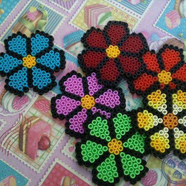 Flowers hama beads by josmagram
