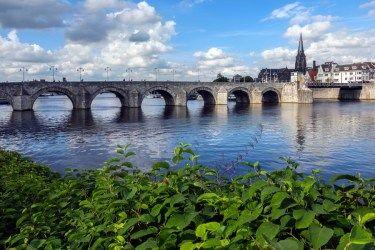 オランダ観光なら次はここ! 国際色豊かな最古の街「マーストリヒト」で見ておきたいスポット8選