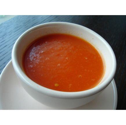 GASPACHO En-cas hyperprotéiné (7 sachets de 29g)    Ce gaspacho de tomates peut aussi bien se déguster frais que chaud, il se marie à toutes les saisons et est un allié pour votre régime !
