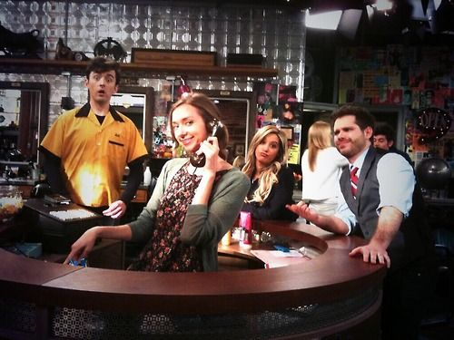 Show night tonight! @laurenlapkus @MattCookTweeted @george wendt @Ryan_Pinkston @is_diona_here and Mike #letsdothis