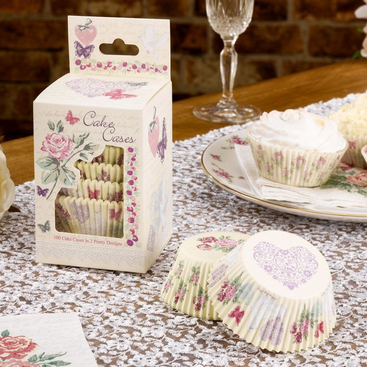 Beautiful and pretty cupcake cases.  Perfect for vintage weddings and vintage celebrations. Pack of 100 £3.99 by www.fuschiadesigns.co.uk
