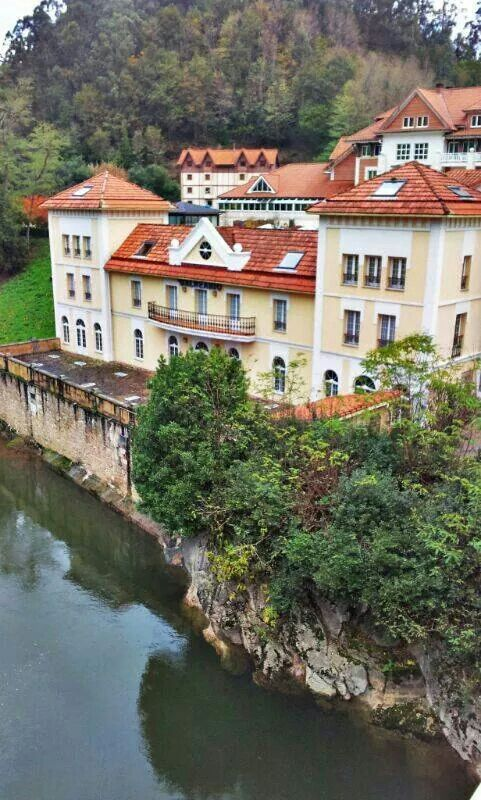 Balneario de Puente Viesgo #Cantabria #Spain