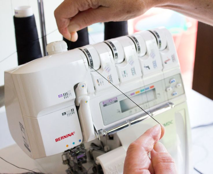 "Quick Tip Tuesday: A common thread tension problem. From: http://www.sewmaris.com/tips/quick-tip-tuesday-a-common-thread-tension-problem (How to ""hold"" the thread when passing it through the tension discs on your overlocker/serger or standard sewing machine.)"