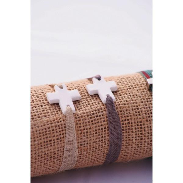 Pulsera con cruz cerámica de SweetCo