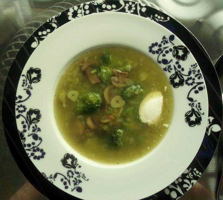 Суп из брокколи с сельдереем