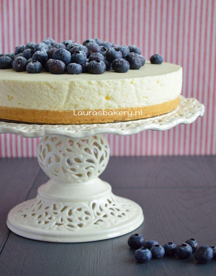 Vanille kwarktaart met blauwe bessen - no bake cheesecake - Laura's Bakery